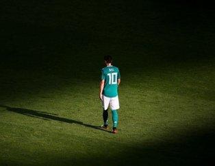 Mesut Özil Almanya basınını ikiye böldü