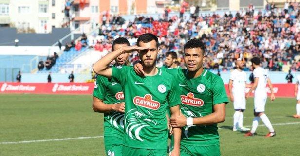 Çaykur Rizespor 3 golle turladı