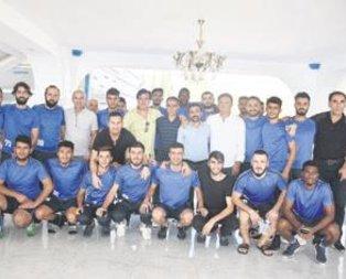 Eski ünlü futbolcular Adıyaman'da buluştu