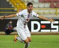 Altınordu'nun genç yıldızı 60 futbolcu arasına girdi