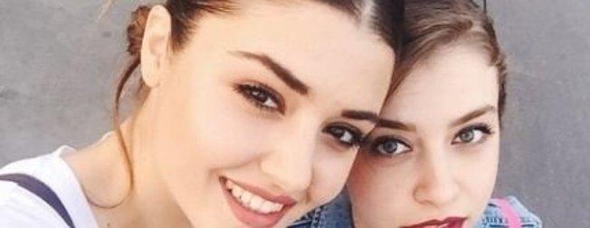 Hande Erçel'in ablası Gamze Erçel ünlü çıktı! İşte güzelliği ile şaşırtan Hande Erçel'in ablası Gamze Erçel...