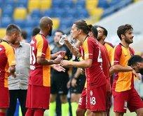 Galatasaraylı oyunculara maske cezası!