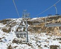 Hakkari kayak tutkunlarını bekliyor!