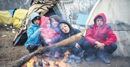 Yunanistan koronavirüsü bahane edip mültecileri zorla Türkiye'ye gönderiyor
