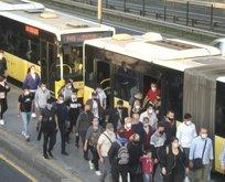 İstanbul'da metrobüsler yine tıklım tıklım!