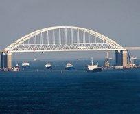 Karadeniz ile Azak Denizi'ni bağlayan boğazın adı nedir?