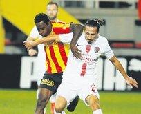 Antalyaspor üçlük attı
