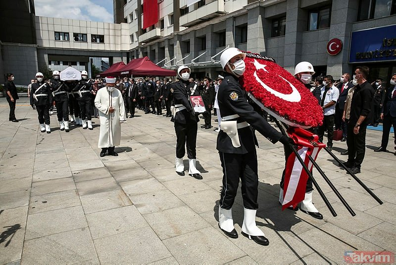 Bağcılar'da zehir tacirlerinin saldırısında şehit olan Erkan Gökteke son yolculuğuna uğurlandı