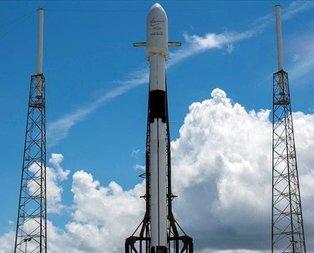 SpaceX 60 Starlink uydusunu uzaya yolladı