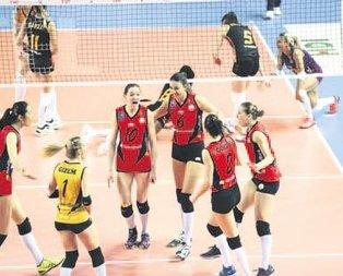 G.Saray'ı 3-0 yenen Vakıfbank avantajı kaptı...