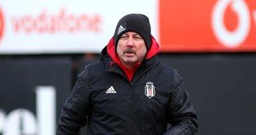 Sergen Yalçın'dan sürpriz tercih! İşte Başakşehir - Beşiktaş maçı 11'leri