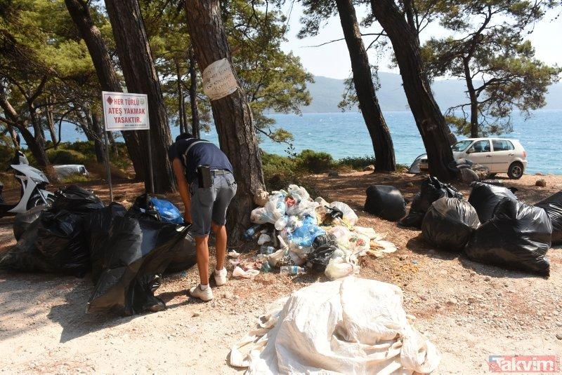 Muğlada tatilciler çöp dağlarını arkalarında bıraktı