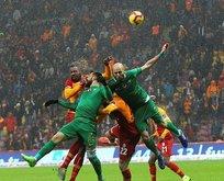 Galatasaray son dakikada güldü!