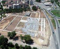Bombalanan emniyet binası millet bahçesine dönüşüyor