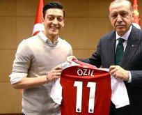 Erdoğandan flaş Mesut Özil açıklaması