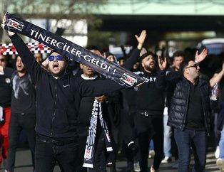 Beşiktaş taraftarı Kadıköy'e geldi