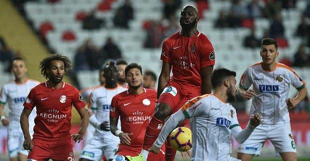 Antalyaspor evinde galip!