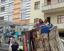 Korkunç kaza! Freni patlayan kamyon eve girdi