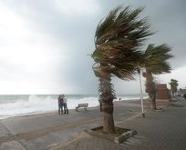 Meteoroloji'den son dakika kuvvetli rüzgar uyarısı