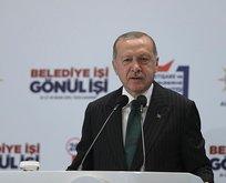 Başkan Erdoğan'dan Karamollaoğlu'na sert tepki: Ben el öptürmem, temiz elimi kirletmem