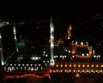 Büyük Çamlıca Camii büyüledi