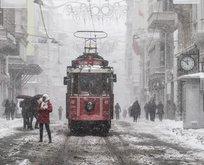 Meteoroloji tarih vermişti! Ve beklenen kar geldi!