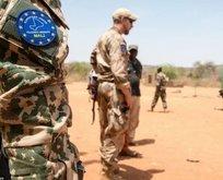 Mali'deki darbe girişimini kınadı