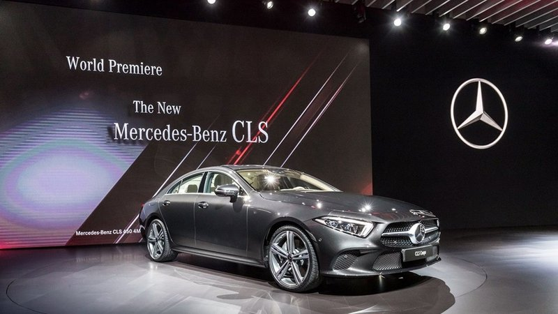 Mercedes'ten Los Angeles'ta gövde gösterisi