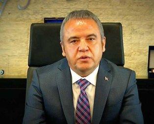 Muhittin Böcek kimdir? CHP Antalya Belediye Başkan adayı Muhittin Böcek kaç yaşında?