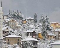 Yarın hangi illerde okullar tatil edildi? Kar tatili geldi