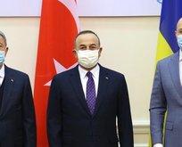 Akar ve Çavuşoğlu'ndan Ukrayna ile kritik temas!