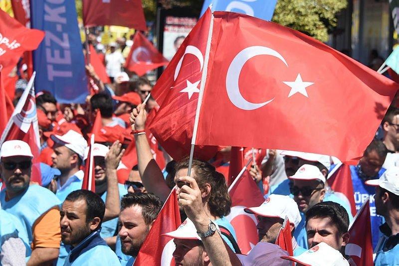 1 Mayıs Türkiye genelinde böyle kutlandı