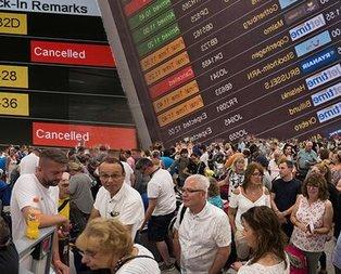 Dünya genelinde havacılık kaosu! Turistler rehin tutuluyor