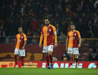 Galatasaray taraftarından Fatih Terim ve yönetime isyan!