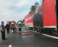 TEM de tır yandı! Sürücü felaketi önledi