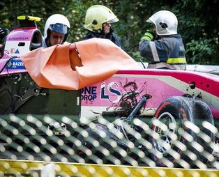 Formula 2'de feci kaza! Anthoine Hubert hayatını kaybetti