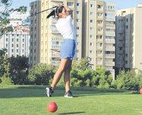 Zehra Çilingiroğlu golf yaptı