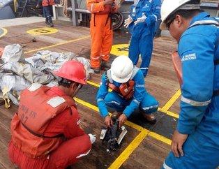 Endonezyada içinde 188 kişi bulunan uçak düştü! İşte ilk görüntüler
