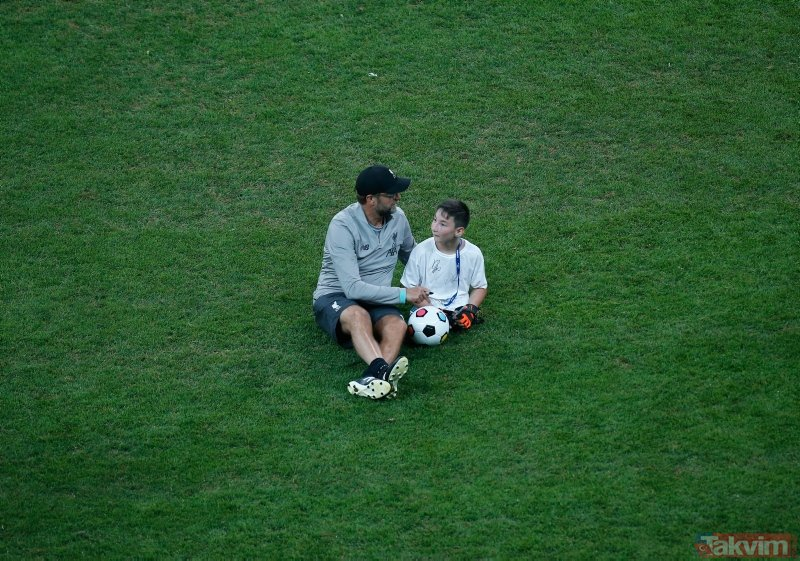 Ampute çocuklar, Liverpool antrenmanına katıldı