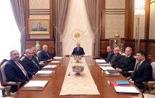 Külliye'de kritik toplantı