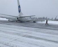 Rus yolcu uçağı acil iniş yaptı