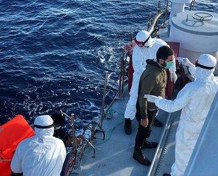 Son dakika: Çanakkale açıklarında Yunanistan tarafından Türk kara sularına itilen 145 sığınmacı kurtarıldı