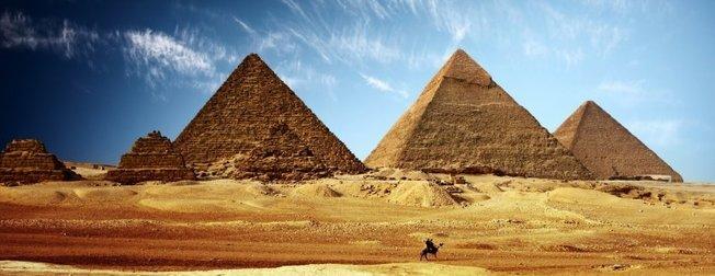 Dünyayı yıllarca böyle kandırmışlar! Mısır Piramitleri aslında...
