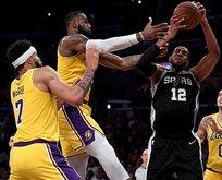 LeBronlı Lakers bir türlü kazanmıyor