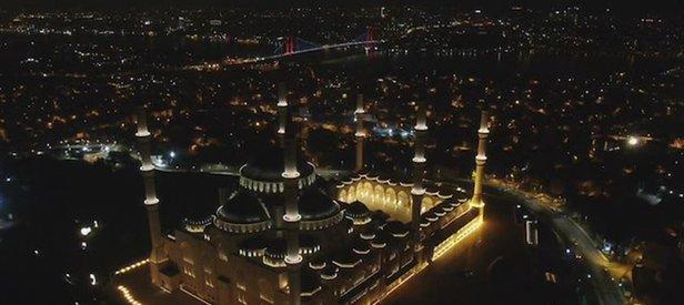 90 bin camide Barış Pınarı Harekatına katılan Mehmetçik için Fetih Suresi okundu