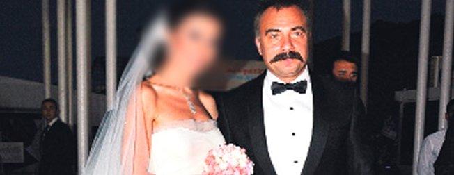 Eşkıya Dünyaya Hükümdar Olmaz'ın yıldızı Oktay Kaynarca'nın eski eşi bakın kim çıktı! Herkes o biliyor ama...