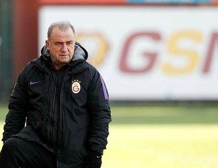 Galatasaray Manchester City'nin yıldızı Mangala'ya kancayı taktı