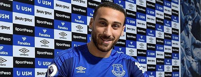 Evertona imza atan Cenk Tosundan büyük fedakarlık