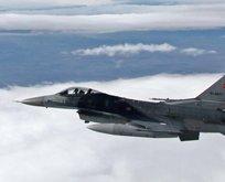 Türk savaş uçakları Metina'yı vurdu