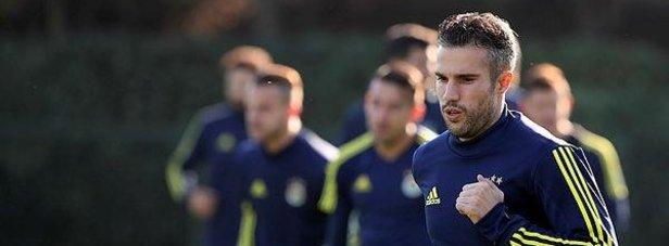 Fenerbahçede Robin van Persie ile yollar ayrılıyor!